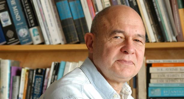 'İhmalden çok Memet Fuat'ın çalışmalarına atfedilen ve artık gereksiz olduğu bilinen dokunulmazlık'